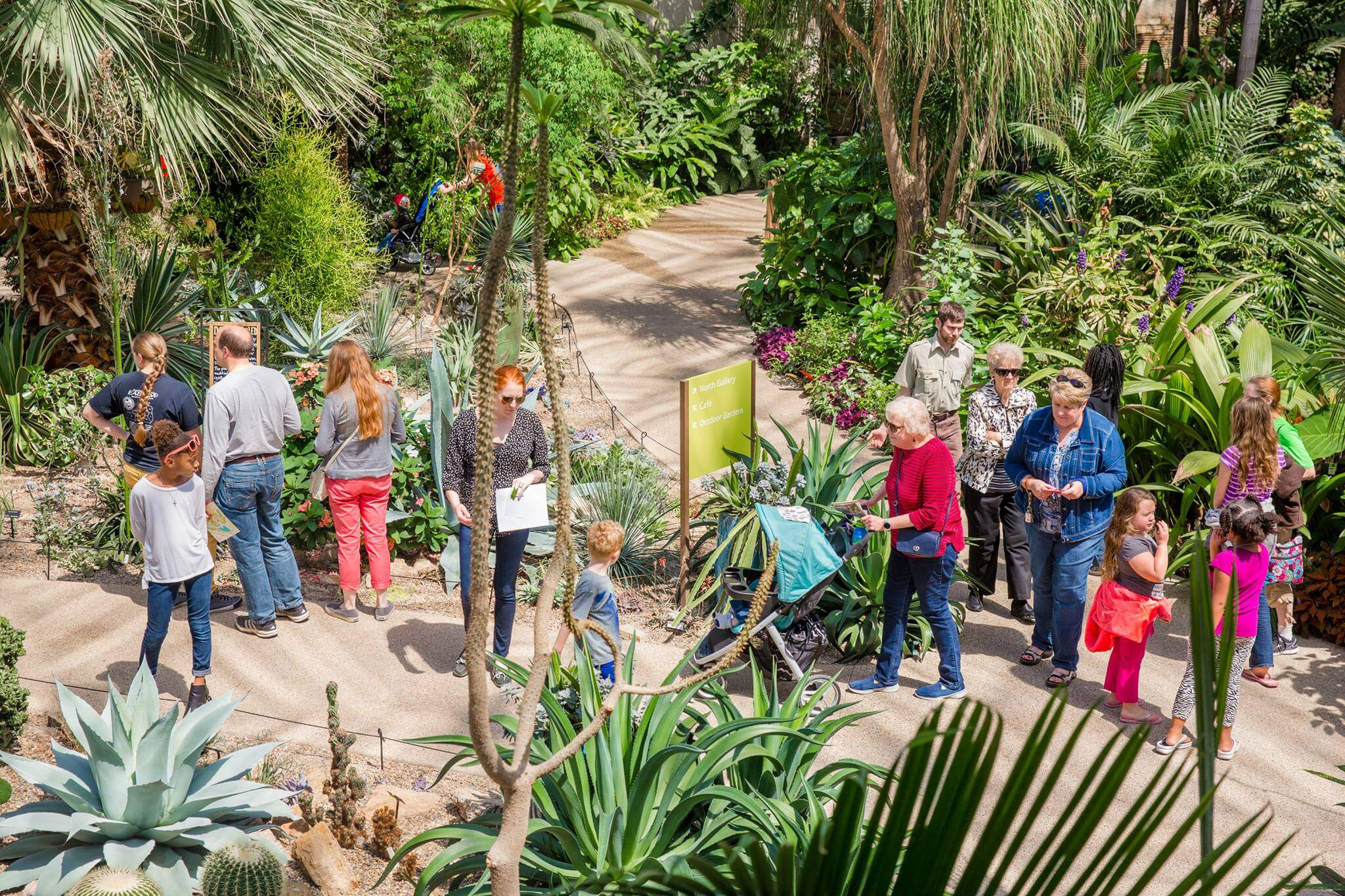 Downtown earth day tour greater des moines botanical garden - Greater des moines botanical garden ...